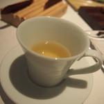 ラ・ビオグラフィ - ふぐのだしスープ