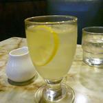 喫茶ハト - レモンジュース