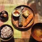 22335331 - 焼き魚3種盛り定食