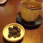 茶寮 宝泉 - ほうじ茶と黒豆