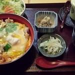 春翠亭 - 親子丼定食