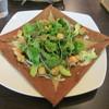 ガレット エ ポムポム  - 料理写真:ベビーロブスターとアボカドのガレット 阿曇野産わさびマヨネーズ