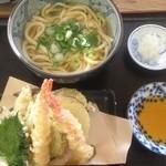 大吉うどん - 天ぷら盛うどん