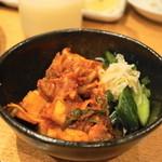 焼肉問屋 牛蔵 - 2013.11 キムチ盛合わせ(609円)白菜、大根、キュウリ