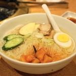 焼肉問屋 牛蔵 - 2013.11 冷麺(504円)