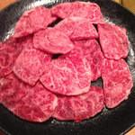焼肉問屋 牛蔵 - チマキ:まさか牛のスネまでかじることになるとは