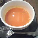 インド料理パラタ(トマトスープ)