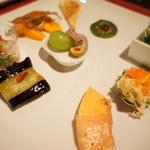 山田屋旅館 - 前菜9品。今日も見た目美しい!