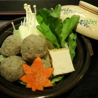 瀬戸内小魚料理など、旬の味覚も存分に楽しめます。