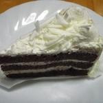 不二家 - 料理写真:ホワイトチョコ生ケーキ