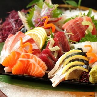 ◆四季折々の活魚のお造りなどの魚料理◆