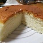 東京ミルクチーズ工場 - チーズスフレ