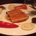 Nov, 2013 ノルウェーサーモンマリネの炙り 蜂蜜粒マスタードソース いろとりどりの野菜のピクルスとともに