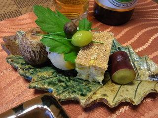 京遊膳かが田 - ランチ(3000円)の秋の八寸。里芋やホタテの黄身焼きなど季節を味わえます