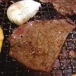 山形牛ステーキ&焼肉 かかし - 山形牛ロースの脂の差し具合がたまりませぬ(^q^)
