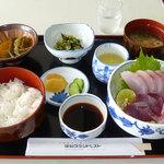 足摺グランドレスト - 刺身定食(1500円)