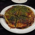 空島 - お好み焼き肉玉麺ダブル945円
