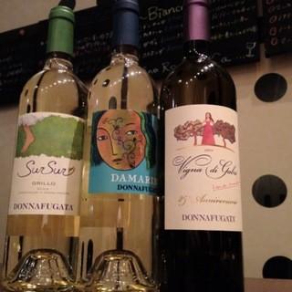 イタリアワインの豊富な品揃え