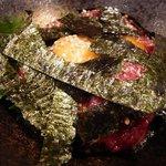 月うさぎ - 和歌山産ゆっけです。ゆっけの上に沢山の海苔が乗っています。
