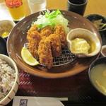 大戸屋 - 牡蠣フライ定食(6粒)1,100円