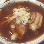 ラーメンの一福 - 料理写真:正油角煮ラーメン;相変らず飾り気は無い(^^;) @2013/10/31