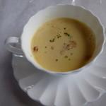 カープル - 濃いめのコーンスープ
