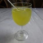 カープル - ランチのジュース