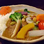 22393354 - 野菜カレー(中辛・白米・普通盛り)