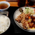 チャイナ - 本日の定食 1,100円 少し高いね