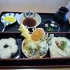 能古うどん - 料理写真:暫くすると注文した秋の羽衣御膳880円が出来あがり運ばれてきました。