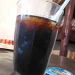 香食楽 - 【ランチサービス】セルフサービスドリンクのコーヒー。