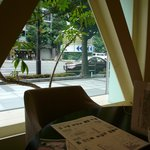 ジョルジェット - 窓側の席