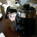 ジョルジェット - コーヒーのポットサービス