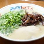 節 - 料理写真:豚骨ラーメン白