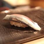 鮨 波やし - コハダ (2013/11)