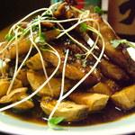 風来坊 - やまゆりポーク三枚肉の炭火グリル、青じそ風味のたまり醤油ソース、ポテトと共に