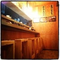 島田製麺食堂 - リニューアルされた店内