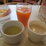 ガスト - スープ・野菜ジュース・珈琲