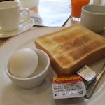 ガスト - トースト&茹で玉子 299円