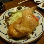 鳥半・魚半 - 有名な鶏のから揚げ