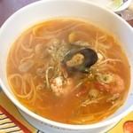 KITCHEN フライパン - 魚介のトマトスープスパゲティ