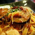 チーノ - 茄子とパンツェッタのトマトソースパスタに、チーズがけ