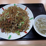 冨士乃屋 - チャーメン(ソース焼きそば) 550円