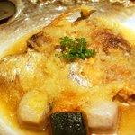 酒肆 門 - 真鯛のカマ みぞれ揚煮