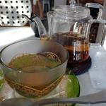 パティスリー クリアン - セットの紅茶(4時のお茶)ポットサービス
