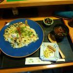 風月 - 料理写真:清須ワングランプリの出展料理・ふぐ雑炊(南蛮仕立て)あんかけどんぶり