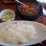 ホットスプーン - 牛すじ野菜カレー