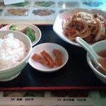上海菜館 - 今週のスペシャル 若鶏の唐揚げとヤサイのピリ辛甘酢炒め(700円)