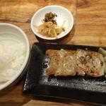 博多 一風堂 - 餃子5コ+ごはん:150円