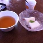 22437232 - ジャスミン茶、杏仁豆腐